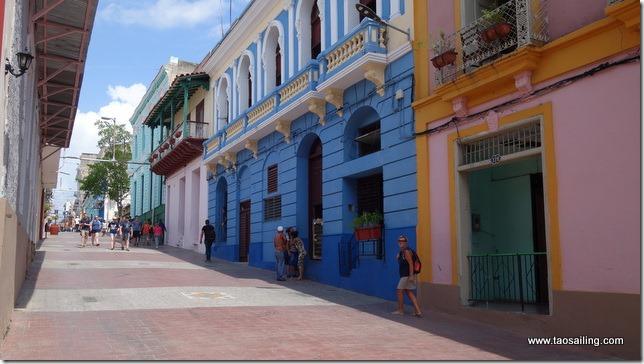 Rue colorée de Santiago